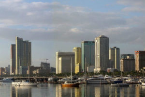 A casino operator in Manila supports extended measures to the government's lockdown.