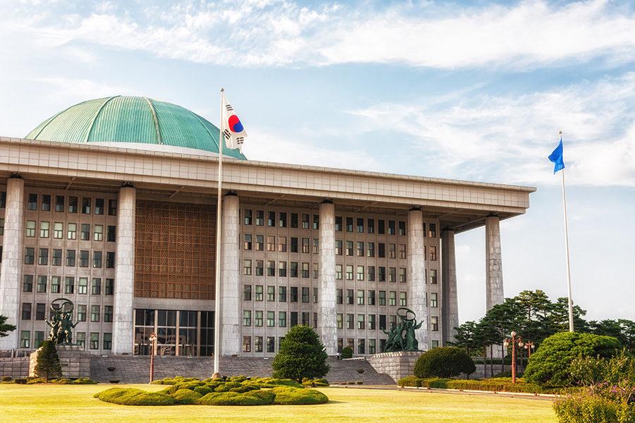 Casinos in South Korea extend Covid-19 closures.