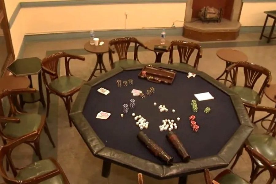 Police found 270 gambling centres in Kochi.