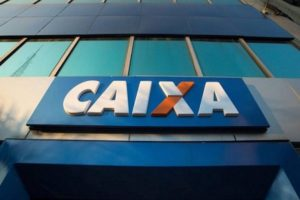 Proponen mejorar los contratos laborales de Caixa