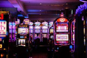 Debaten los casinos en Ecuador