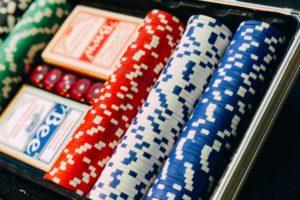 Orenes abrirá el casino de Murcia
