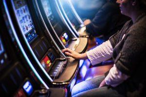Clausuran un casino clandestino en Santiago de Chile