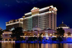 Este año Caesars no venderá ninguno de sus casinos en Las Vegas.