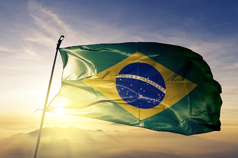 El diputado Bacelar y el presidente del IJL, Magnho José, siguen impulsando la regulación del juego en Brasil.
