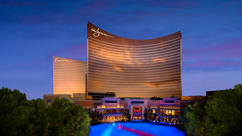Wynn executives forego salaries during crisis