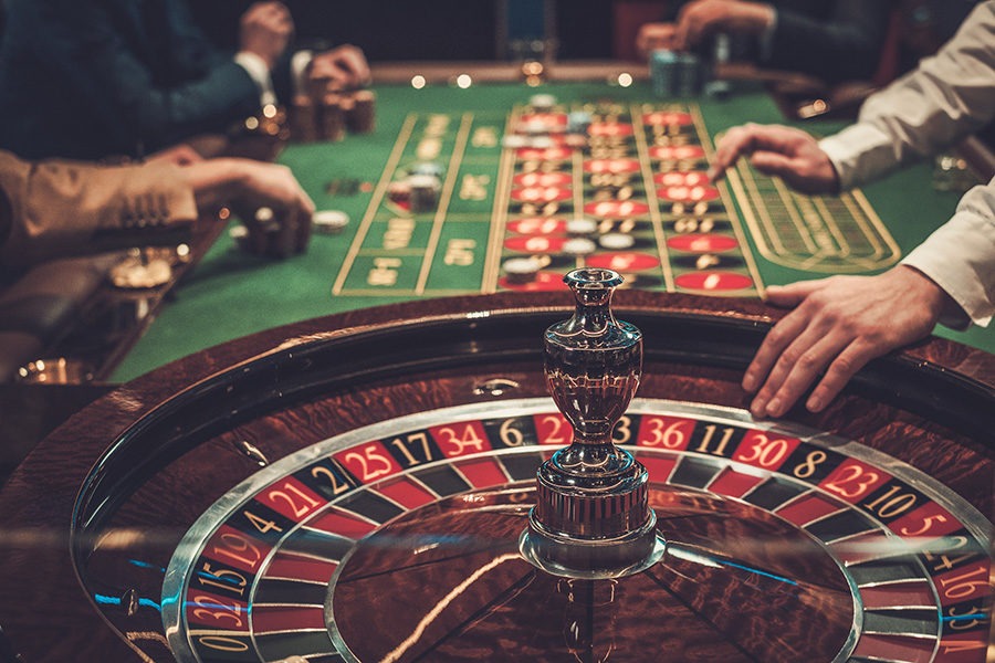 Players can bet as little as €1 on nearby live games.