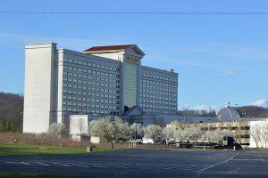 Tipico will partner with Harrah's Hoosier and Isle Casino Hotel Bettendorf.