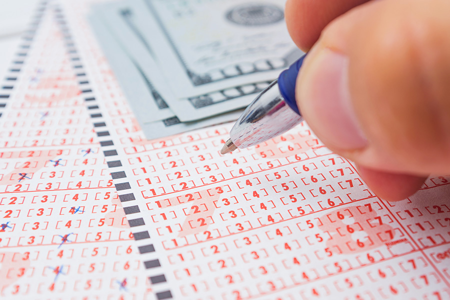 Illinois has reported record lottery sales.