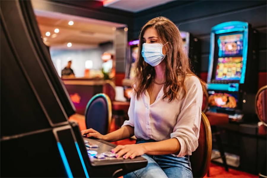 Staff at several Mississippi casinos must wear masks.