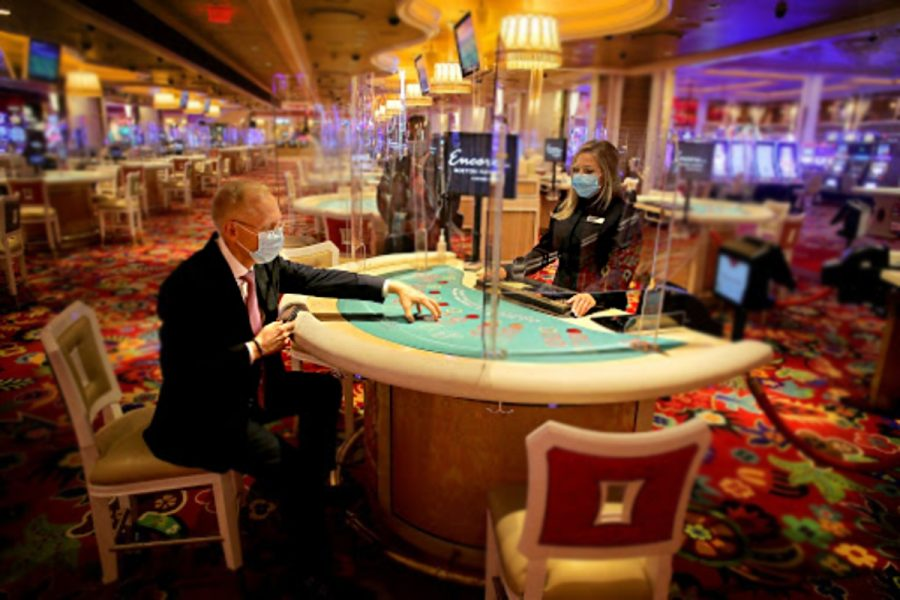 Chinook Winds Casino Resort has reopened with Covid-19 countermeasures in place.